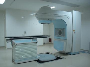 新华XHA600医用电子直线加速器