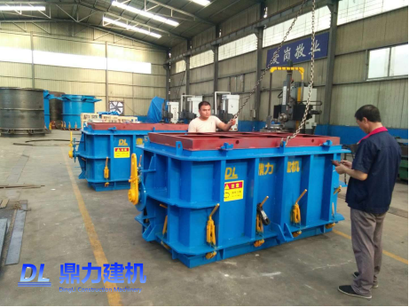 天津管通管井水泥制品有限公司第三套,第四套化粪池模具发货