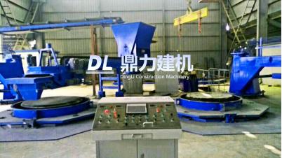 德州興武水泥制品有限公司雙工位芯模振動制管機生產現場